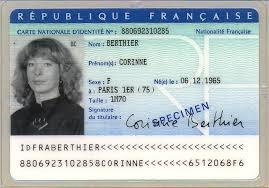 Faire une demande de carte nationale d'identité auprès de la mairie de Céré la ronde
