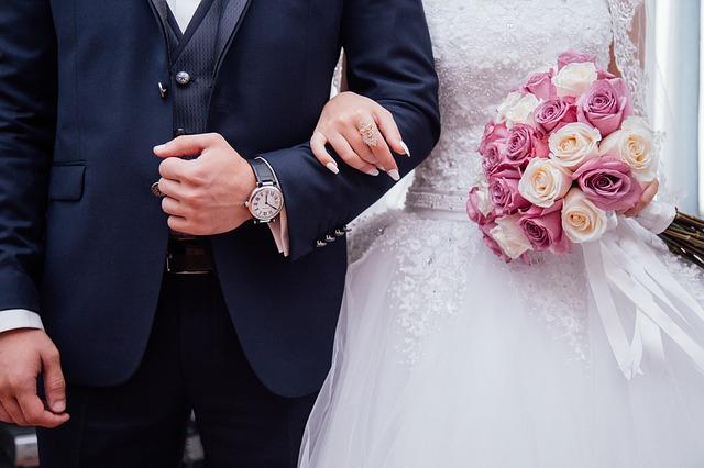 Demander un acte de mariage à la commune de Céré la Ronde
